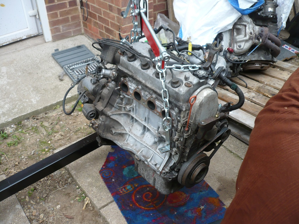 Click image for larger version  Name:Engine3.jpg Views:18 Size:357.1 KB ID:79897