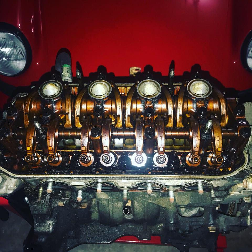 Click image for larger version  Name:ValveCoverOff.jpg Views:29 Size:140.3 KB ID:124578
