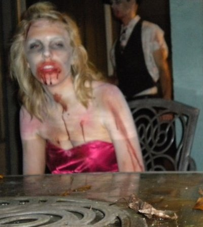 Click image for larger version  Name:zombie crop.jpg Views:44 Size:29.2 KB ID:22569